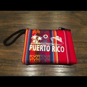 Wristlet coin purse